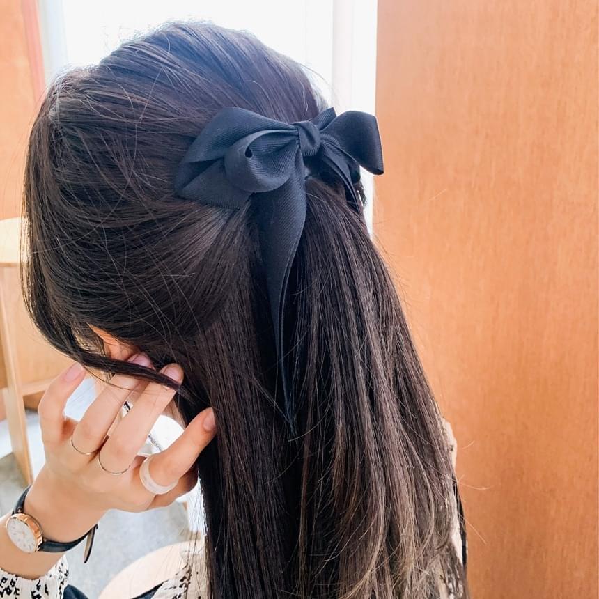 Long ribbon hairpin