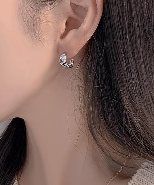 Triple Ring Earrings Earrings