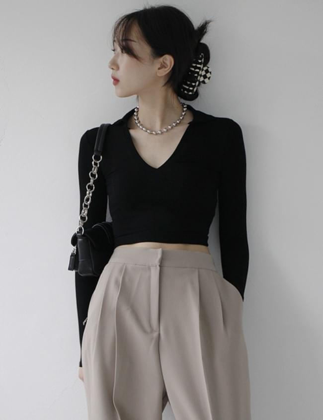 collar neck cropped T-shirt