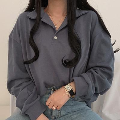버튼 카라 루즈핏 맨투맨