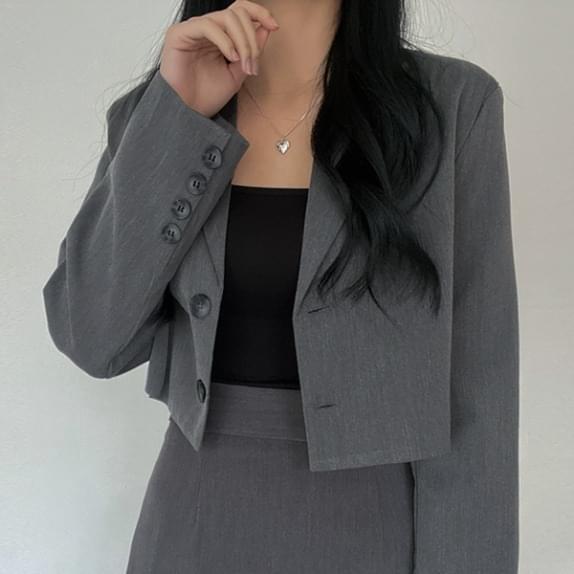 Planning Pop It Crop JK These days trending mini jacket :D 夾克