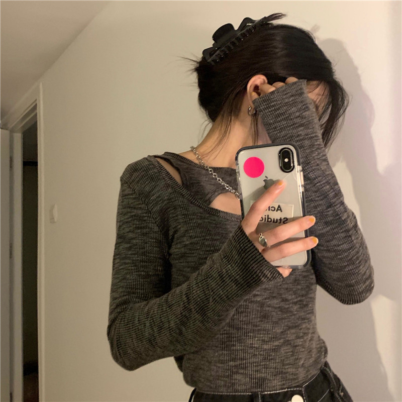 긴팔 티셔츠 모델 착용 이미지-S1L4