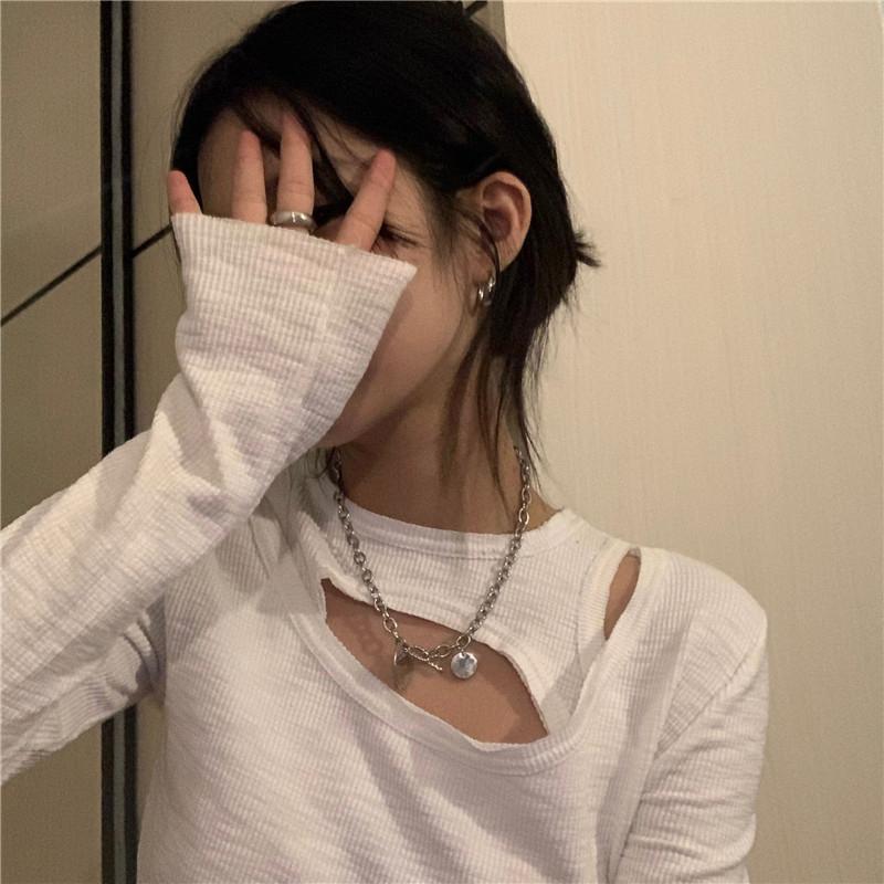 긴팔 티셔츠 모델 착용 이미지-S1L13