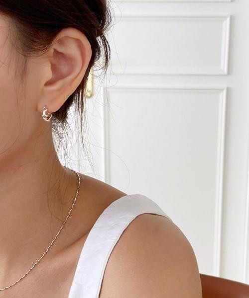 round chain earring