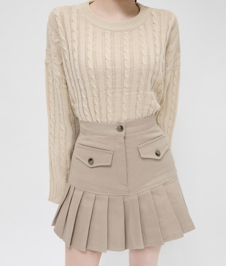 ESSAYBasic Cable Knit Top