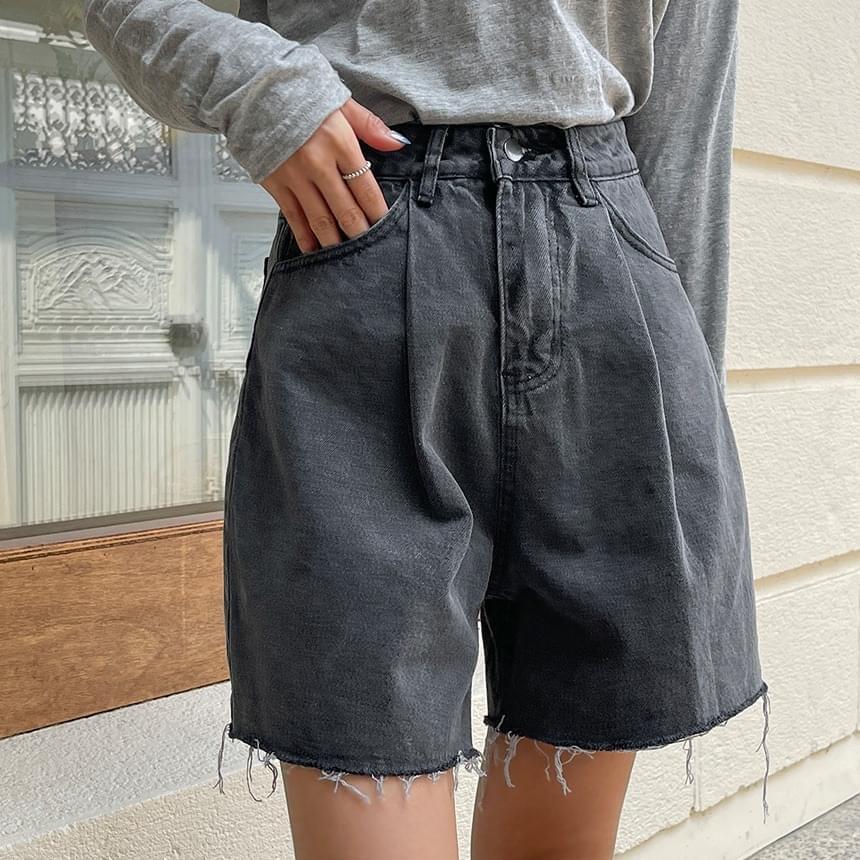 Rough Pintuck Denim Pants