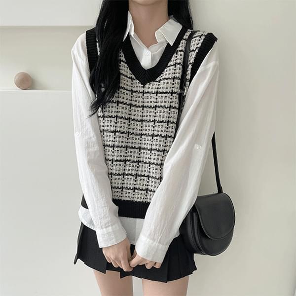 Belle, Tweed V-Neck Knitwear Best Vest