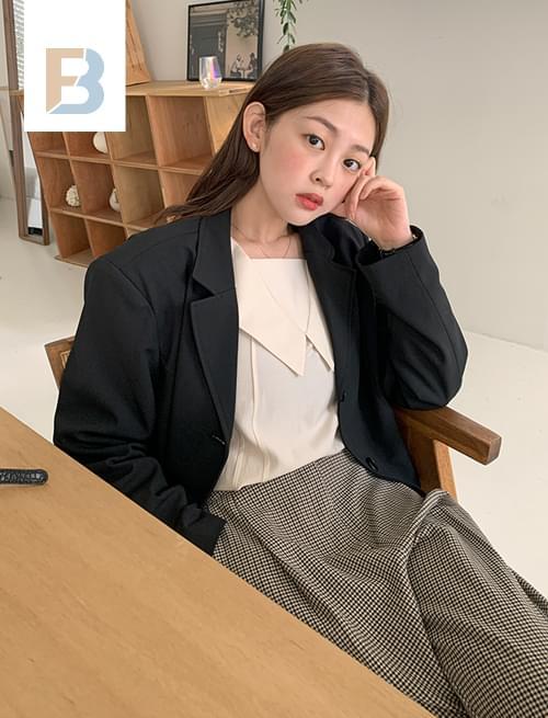 Nees single cropped jacket