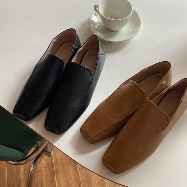 Ebiner leather loafers 樂福鞋