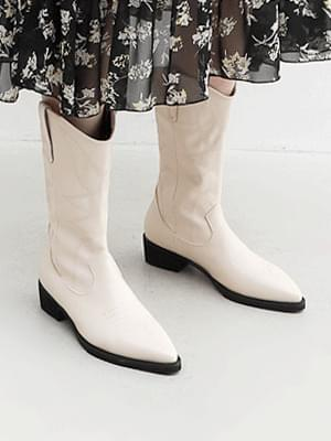 Pointed Nose Stitch Embroidered Tsumi-heeled Western Middle Boots 9155