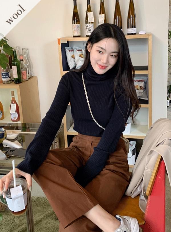 Wool Ribbed Turtleneck Knitwear