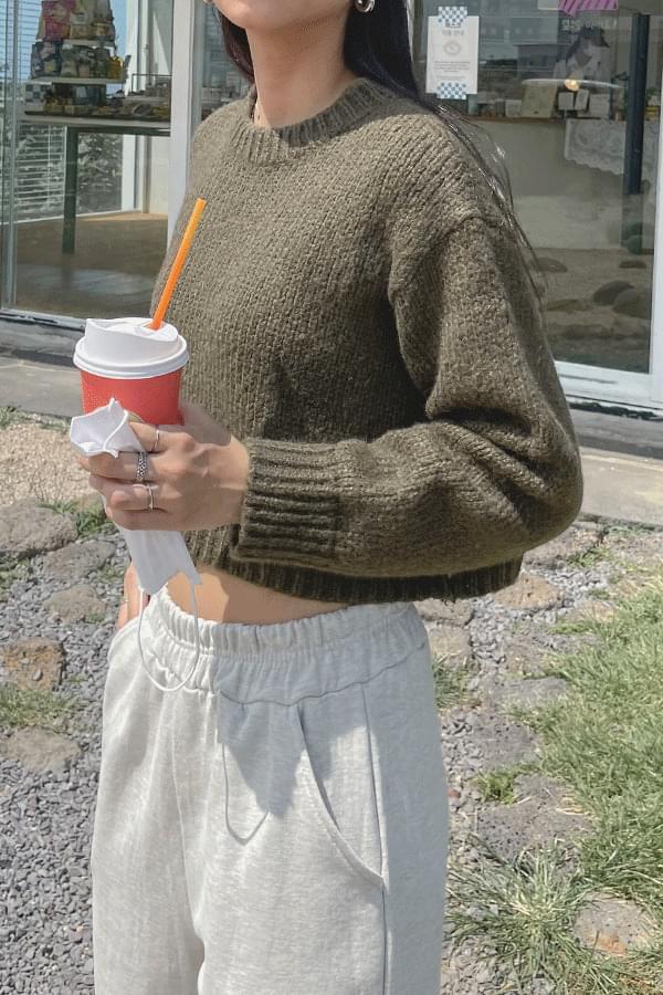 Myrit Crop Wool Knitwear