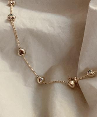 beroll heart necklace
