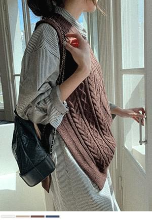 Light Weather Twisted Knitwear Vest