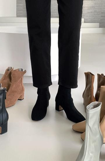 Avern Spandex ankle boots