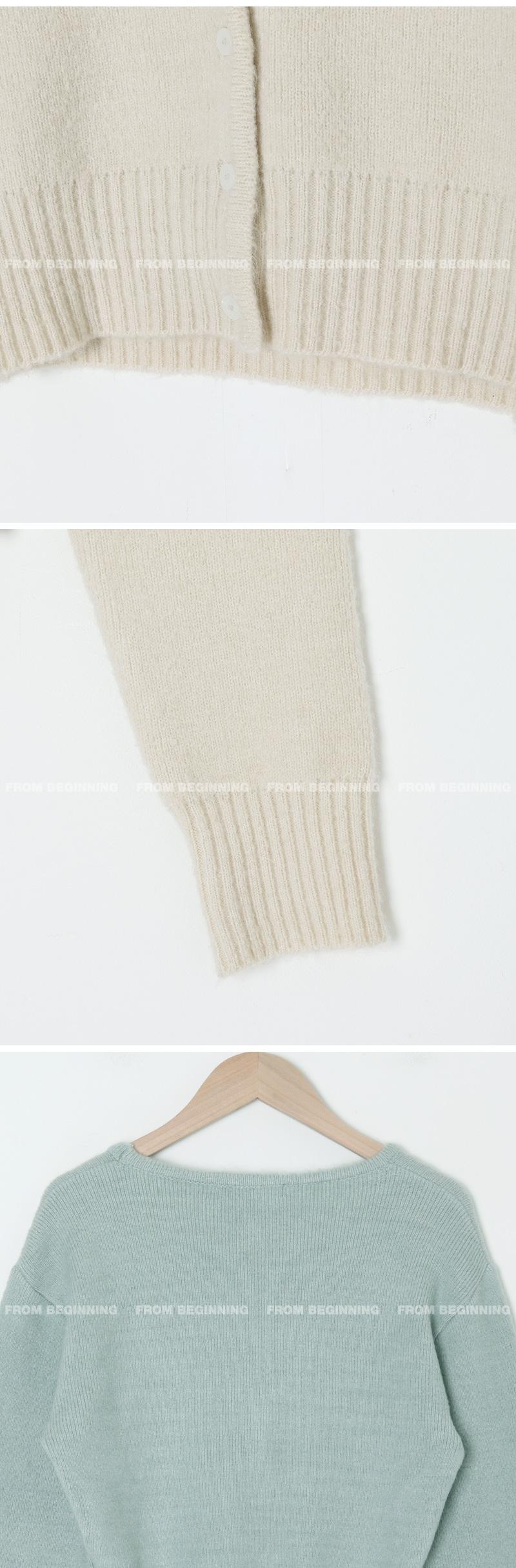 Cozy V-Neck Crop Knitwear Cardigan