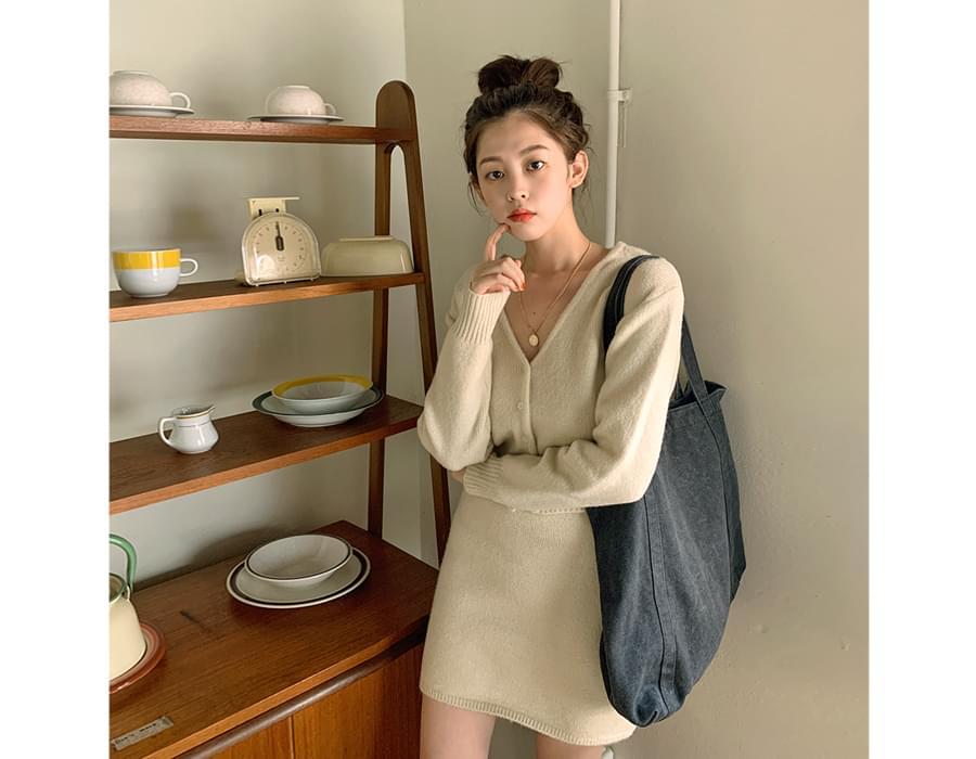 舒服V領短版針織外套(4色)