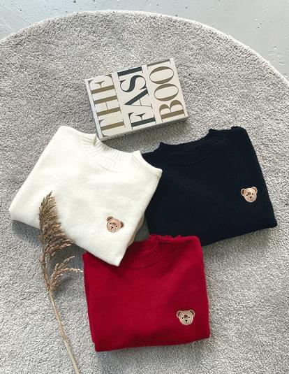Bare Round Knitwear