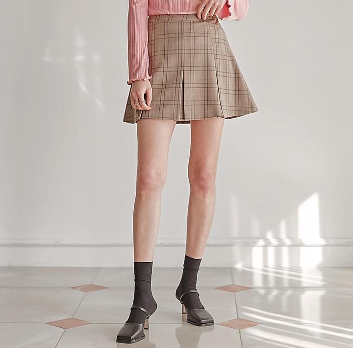 Box Pleat Check Skirt