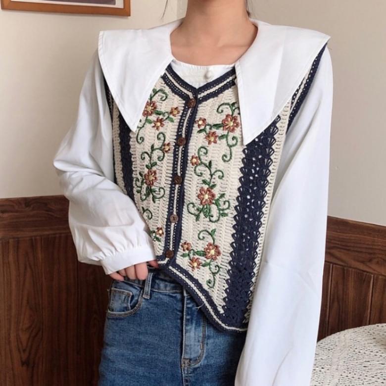 Flower Embroidery Knitwear Vest Cardigan