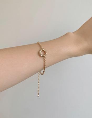 Weeden Circle Pendant Bracelet
