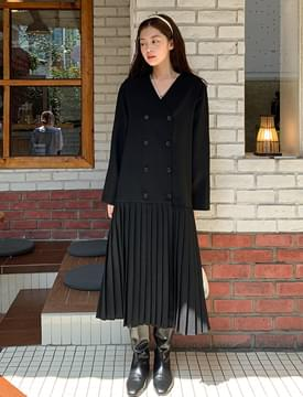 Double Button V Neck Pleated Long Dress