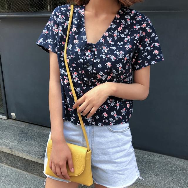 Vintage flower blouse
