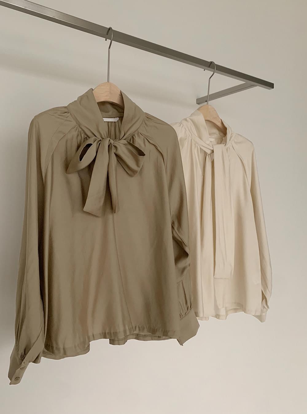 Dial shirring tie blouse 襯衫