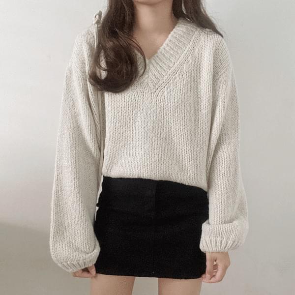Loner V-Neck Loose Knitwear 針織衫