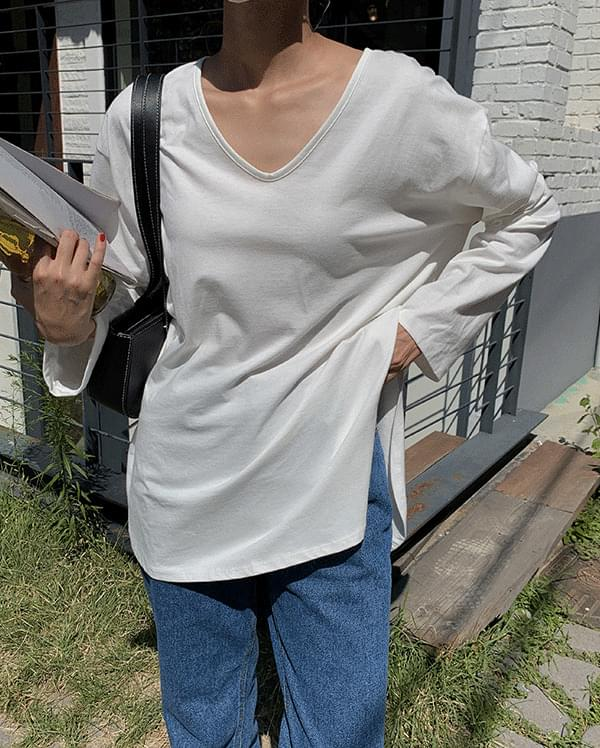 Lucia slit long sleeve T-shirt