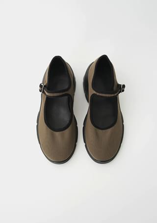 dark mood mary-jane shoes
