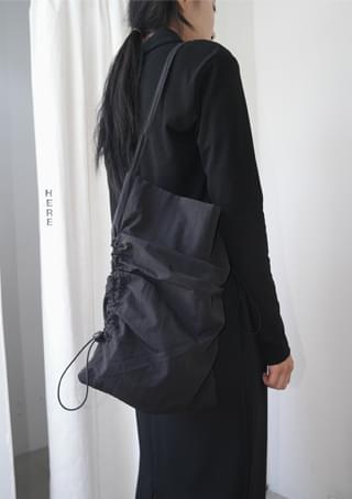 shirring square shoulder bag