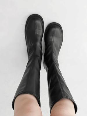 Round nose simple line wood heel back zipper long boots 11108 ♡ 1st sold out♡