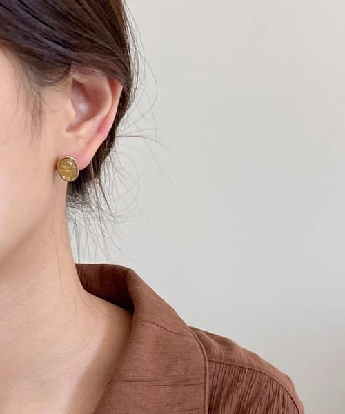 gold check earring
