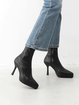 Pointed nose side zip kill heel Socks boots 1912