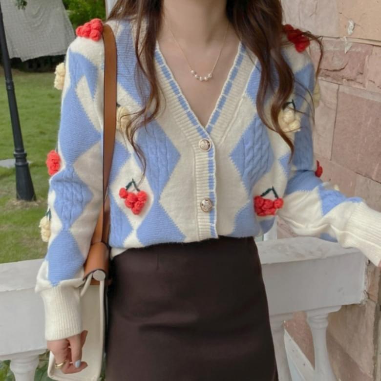French three-dimensional floral stitch cardigan