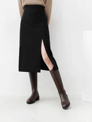 Slanted entrance tassel back zipper tick button low heel long boots 11110