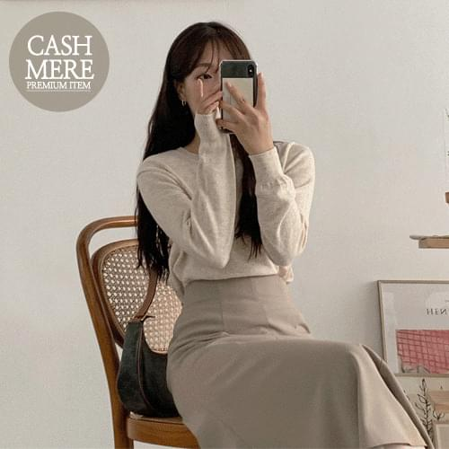 Low Cash Round Knitwear