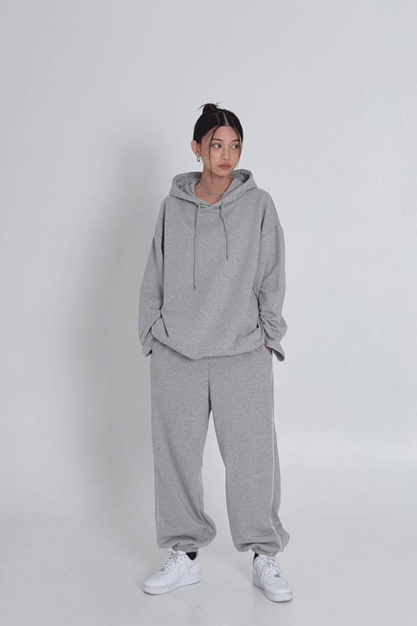 arno string hoodie