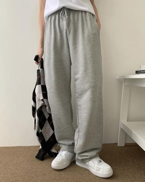 Choki Length Wide Zuri Training Pants