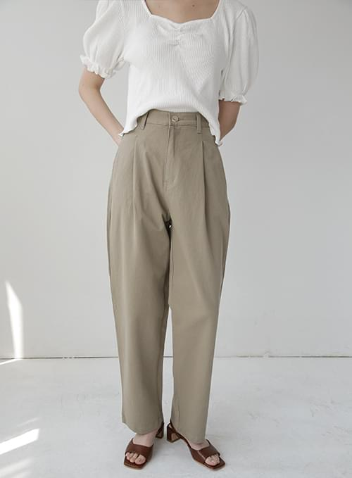 Caddy Boy Fit Pintuck Pants