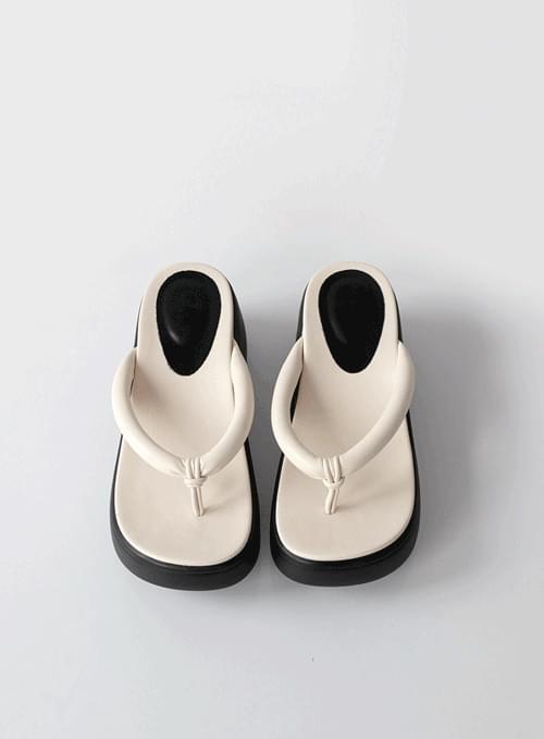 Rente Flip Flops Chunky Slippers