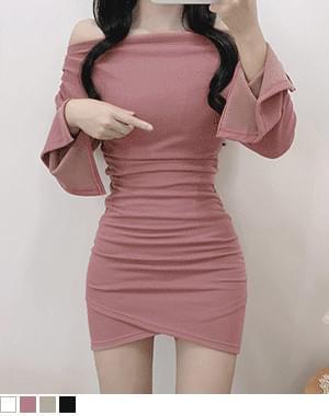 Tees off-the-shoulder tulip line Dress