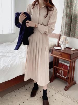 Karin pleated Dress