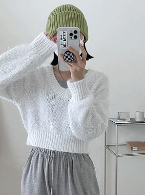 Slip V-Neck Crop Knitwear