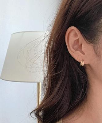 stud-earring