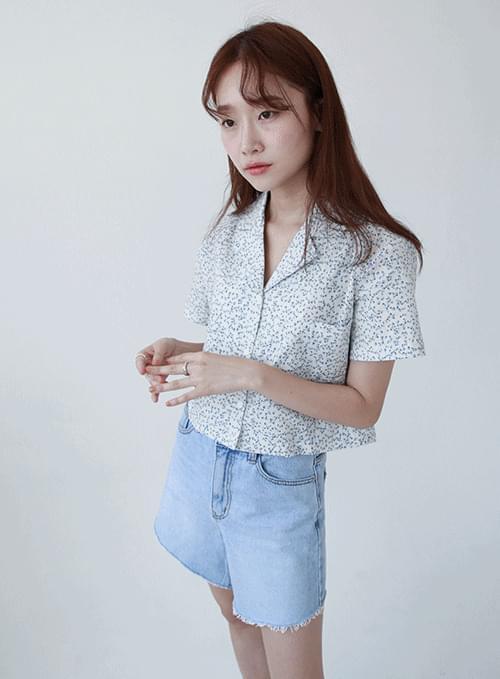 petal cropped short sleeve shirt