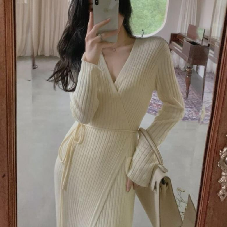 Base V- V-Neck Ribbed Belted Knitwear Dress