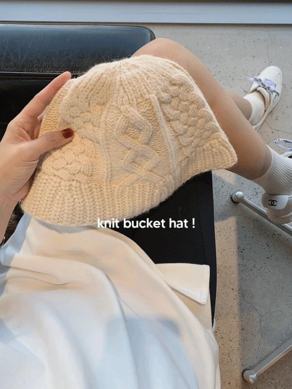 Once Knit Bucket Hat
