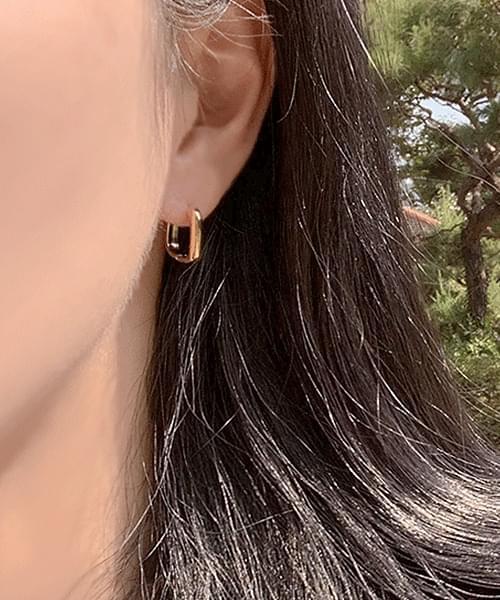 Humming Soul Square Ring Earrings Earrings